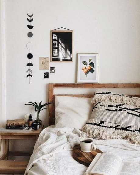 26. Para as decoração com almofadas e mantas no estilo hygge prefira materiais como linho, lã e algodão – Foto: Pinterest