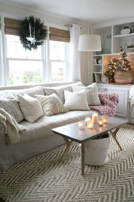 59. Sala de estar decorada com estilo hygge – Foto: Nesting with Grace