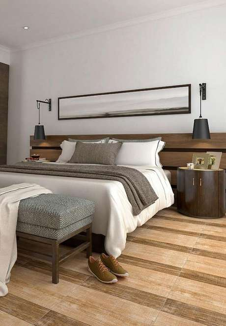 36. Modelo de cerâmica para quarto de casal que imita madeira. Fonte: Pinterest