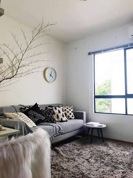 64. Decoração de sala simples com estilo hygge – Foto: Jeferson Araújo