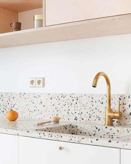 7. Cozinha com revestimento de granilite – Via: Arquitetura remota