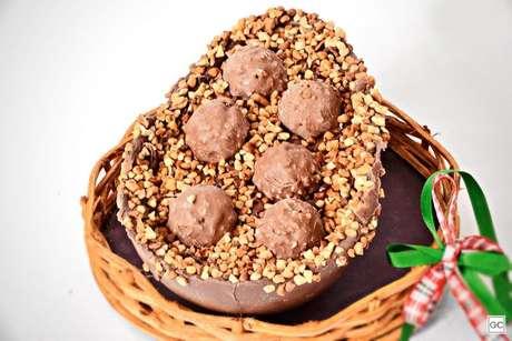Guia da Cozinha - Ovo de colher de Nutella® e Ferrero Rocher®
