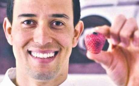O chef brasileiro teria se relacionado em sigilo com Gugu por 8 anos