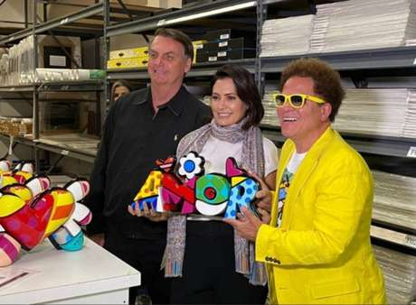 O presidente Jair Bolsonaro e primeira-dama Michelle visitaram o estúdio do artista plástico Romero Britto, em Miami