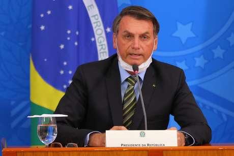 Bolsonaro afirmou que o número de mortes pela Covid será inferior ao de vítimas da H1N1