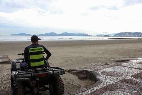 Baixada Santista proíbe circulação de pessoas nas praias para conter avanço do coronavírus