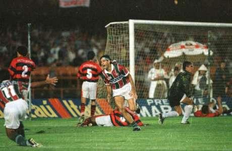 Gol foi marcado aos 41 minutos do segundo tempo (Foto: MARCELO THEOBALD)