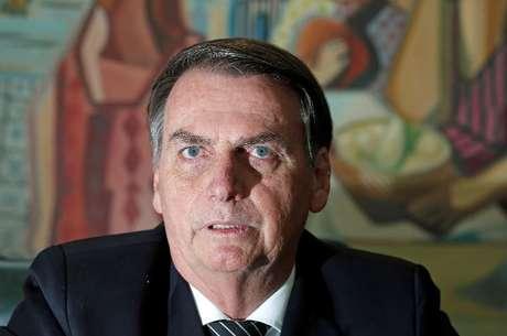 Presidente de federação é 23º infectado em comitiva de Bolsonaro