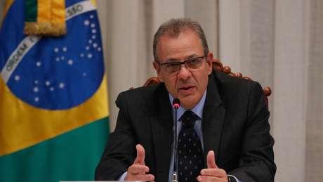 O ministro de Minas e Energia, Bento Albuquerque, também testou positivo para coronavírus