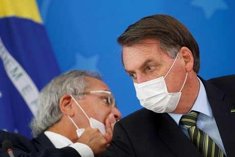 Equipe econômica de Paulo Guedes não planeja aumentar o teto de gastos para ampliar os recursos da Saúde em 2021 18/03/2020 REUTERS/Adriano Machado