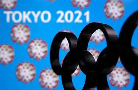 Painel ilustra adiamento dos Jogos de Tóquio para 2021 24/03/2020 REUTERS/Dado Ruvic