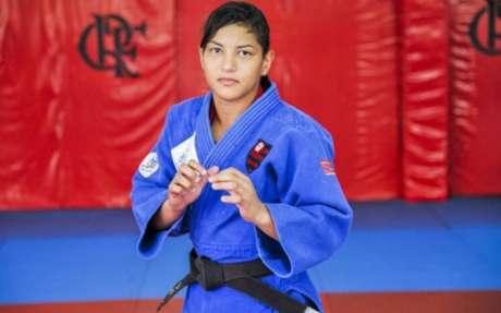 Campeã olímpica em 2012, Sarah Menezes veste as cores do Flamengo (Foto: Marcelo Cortes / Flamengo)
