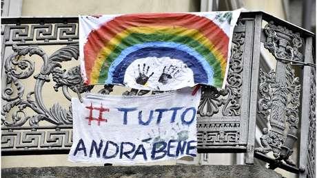"""A hashtag """"tudo vai ficar bem"""" está entre as mais compartilhadas na Itália"""