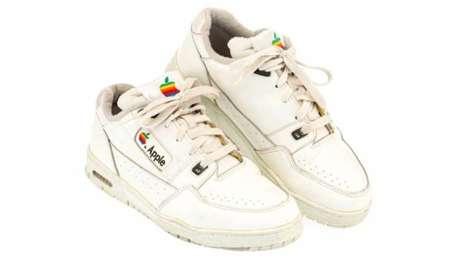 Apple já fabricou tênis, que agora foram leiloados por US$ 10 mil