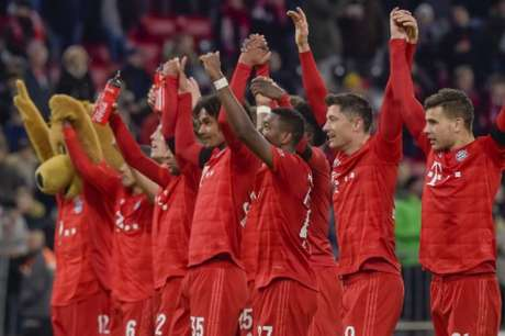 Bayern pode voltar a treinar na próxima semana (Foto: GUENTER SCHIFFMANN / AFP)