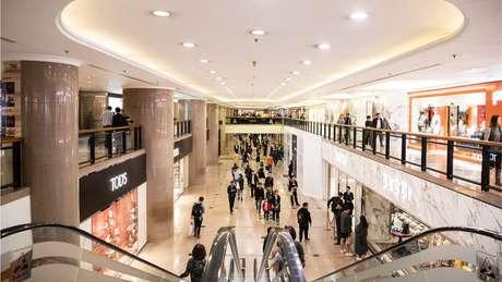 Fechamentos de centros de compra em todo o país podem culminar na perda de milhões de empregos, diz entid