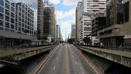 As diferenças diante da crise foram o estopim para uma disputa verbal entre Bolsonaro e o governador de São Paulo, o tucano João Doria (SP), na manhã de quarta