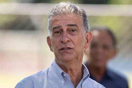 O diretor de futebol Ricardo Drubscky está preocupado com o prolongamento da pausa no futebol-(Gustavo Aleixo/Cruzeiro)
