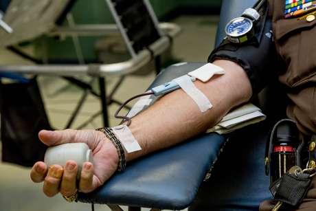 Saiba como doar sangue de forma segura durante pandemia; em SP, déficit chegou a 50%
