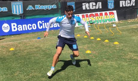 Interesse do Vasco em Oroz depende do novo treinador (Foto: Divulgação/Racing)