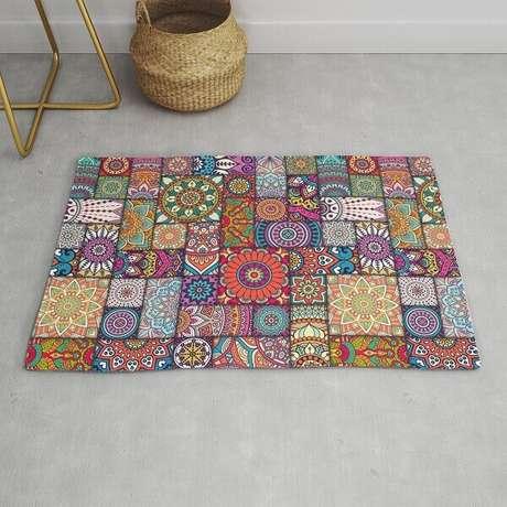 57. Diferentes mandalas formam um lindo tapete de retalhos. Fonte: Pinterest