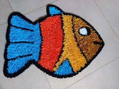 50. Modelo de tapete de retalhos em formato de peixe. Fonte: Pinterest