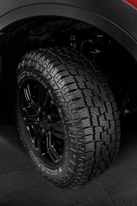 O novo pneu Pirelli Scorpion AT Plus foi desenvolvido em parceria com a Ford.