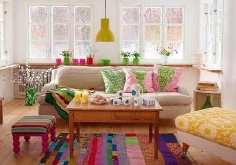 4. Tapete de retalhos coloridos feito com a técnica de patchwork. Fonte: Sanna Sania