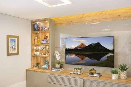 59. Painel para tv na decoração clássica – Projeto: Amanda Pagliarini Macedo