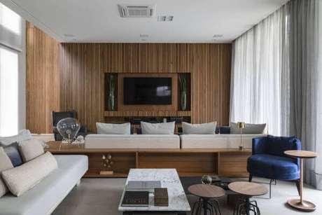 76. Sala de estar com ambientes modernos integrados – Projeto: Alex Bonilha