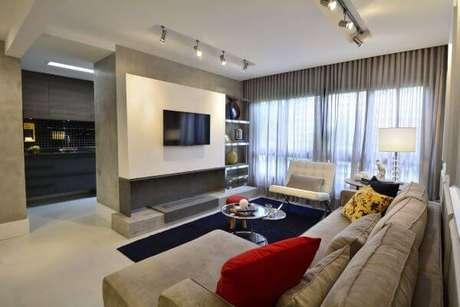 15. Combine o painel de tv com a sua decoração – Projeto: BG Arquitetura