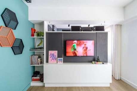 40. Painel para tv cinza – Projeto: Goup Arquitetura