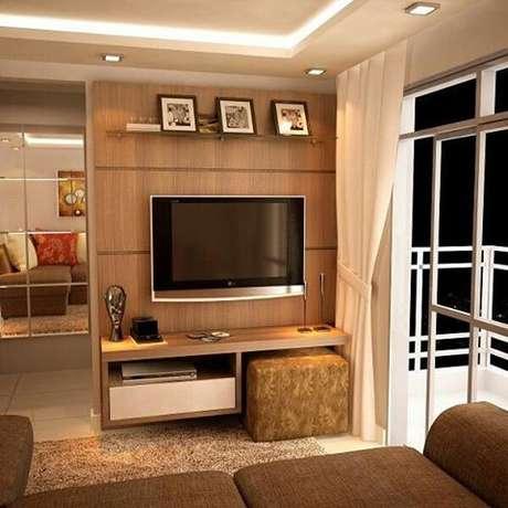47. Painel para tv na sala de estar – Via: Pinterest