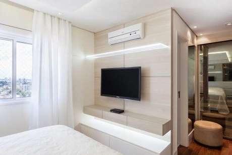 53. Painel para tv simples e bonito – Projeto: Raduan Arquitetura