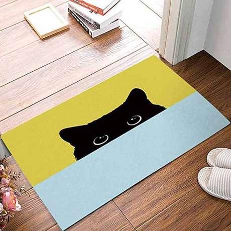 24. Tapete capacho de gatinho revelou muito sobre os gostos do dono da casa -Foto: Via Pinterest