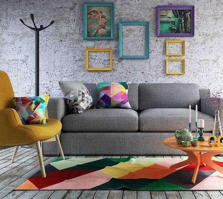 28. Tapete colorido com core vibrantes são destaque na decoração de um ambiente – Foto: Tua Casa