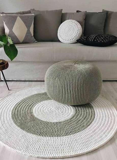 8. Um tapete de crochê é uma excelente opção em qualquer ambiente – Foto: Via Pinterest