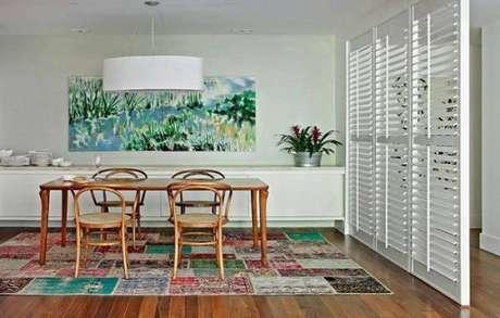 6. Sim, o tapete também pode ser usado em uma cozinha e sala de estar – Foto: Gaucha ZH