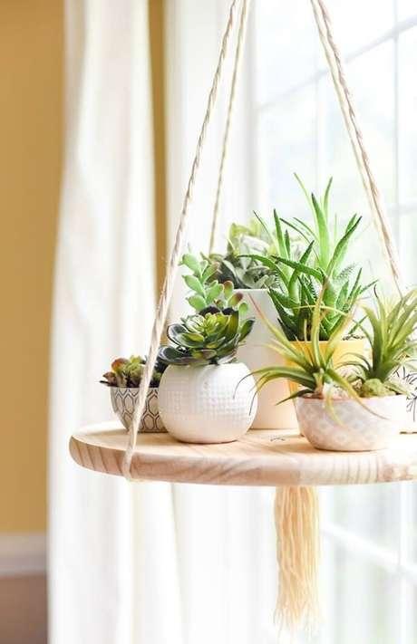 9. Vasos para suculentas de diferentes tamanhos e formatos também são boas opções – Foto: Via Pinterest