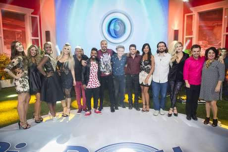 Participantes do 'Big Brother' durante a final do 'BBB 15'.