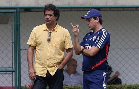 Raí acredita que os maiores erros e acertos da gestão têm a ver com treinadores (Foto: Rubens Chiri/saopaulofc.net)