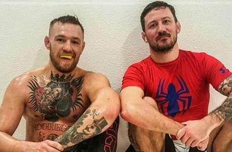 Treinador do irlandês, Kavanagh disse que não há chances de McGregor lutar o UFC 249 dia 18 (Foto: Reprodução)