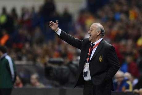 Del Bosque criticou postura de Neymar e saída do Barcelona (Foto: PIERRE-PHILIPPE MARCOU / AFP)