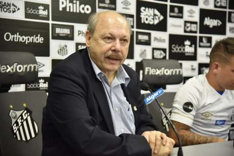Balanço divulgou superávit de R$ 23,5 mi da gestão de Peres à frente do Santos em 2019 (Foto: Ivan Storti/Santos)