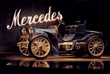 Modelo 35 PS (referência aos 35 cv de potência), de 1901.