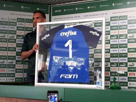Sem renovar contrato, Fernando Prass deixou o Palmeiras em 2019, após sete temporadas no clube (William Correia)