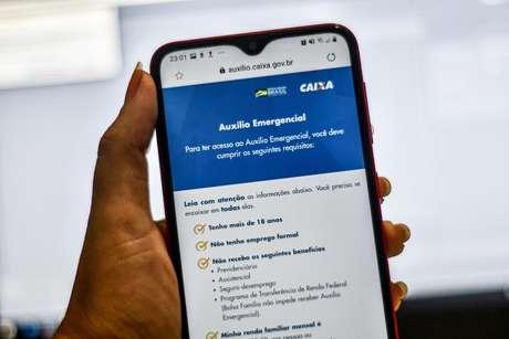 Aplicativo da Caixa para o cadastro do auxílio emergencial liberado pelo governo