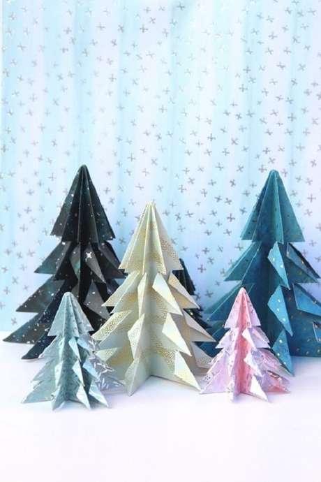 39. Decoração natalina com origami – Foto: Casa Vogue