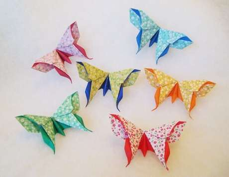 36. Borboletas de diferentes cores em origami – Foto: Via Flickr