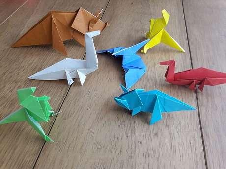 40. Origamis de dinossauro coloridos – Foto: Via Pinterest